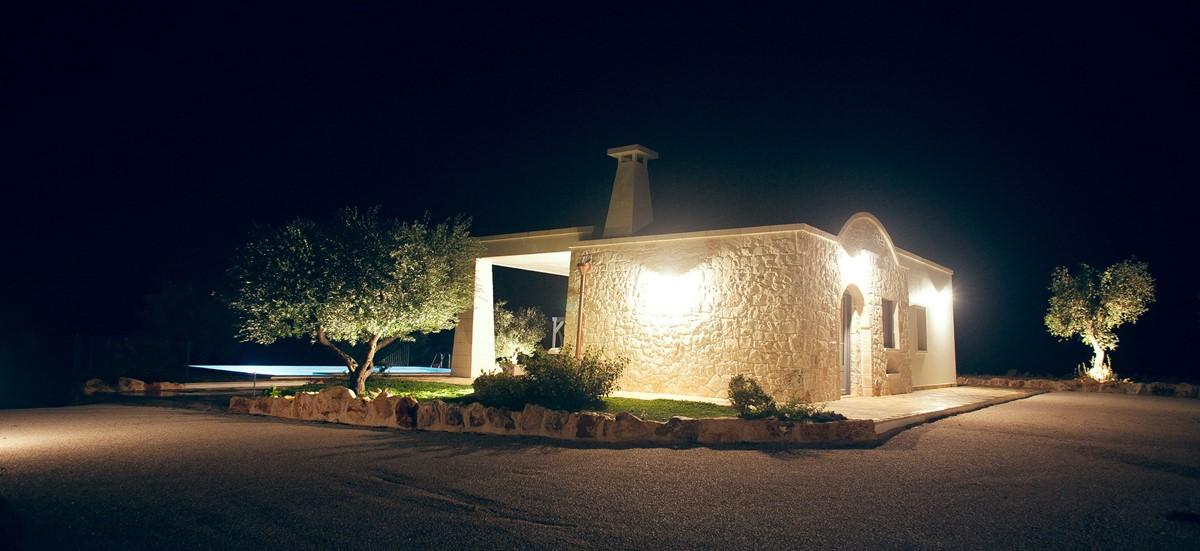 Villa Sudest At Night