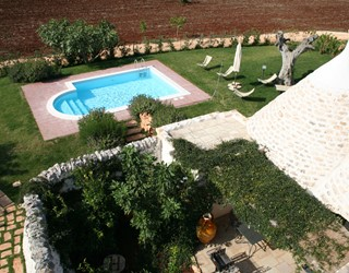 Two bedroom trullo with private pool and garden