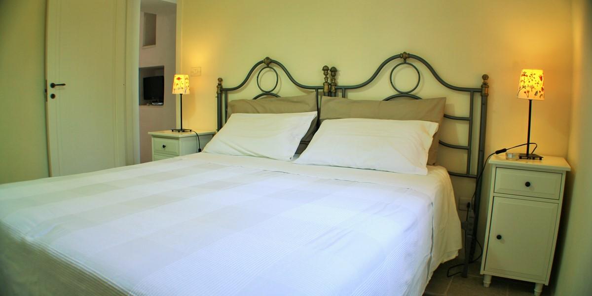 Lamia Sessana Bedroom2