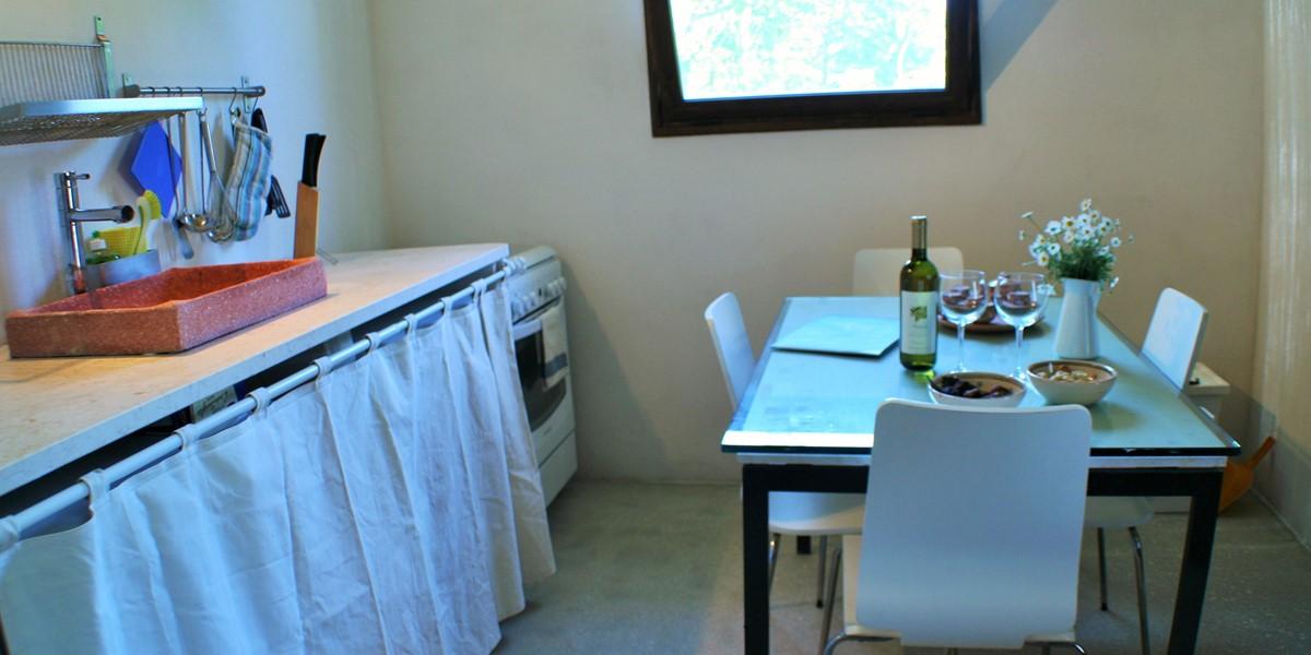 Lamia Sessana Kitchen2