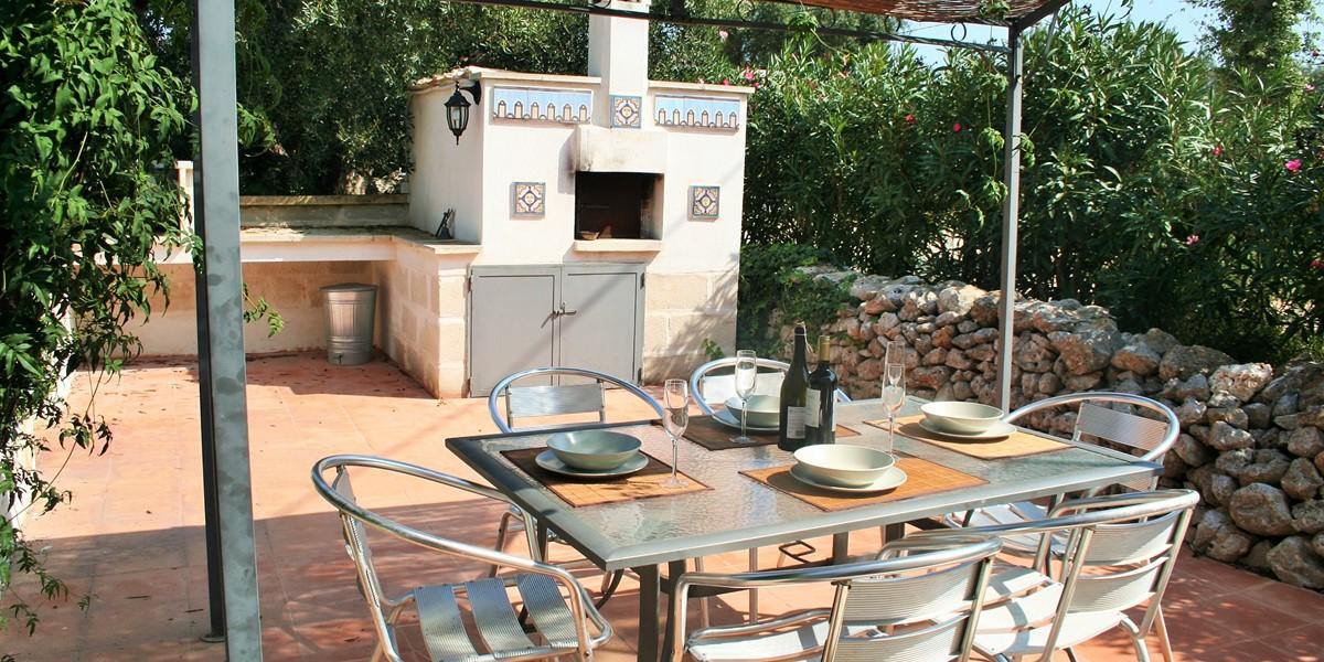 Villa Sessana Pizza Oven