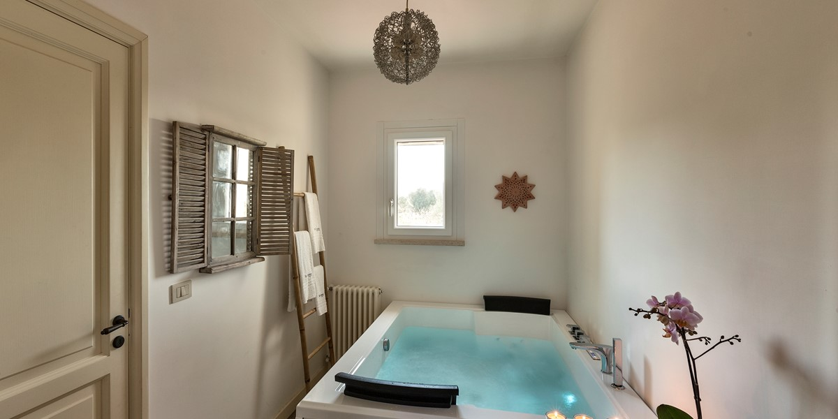 Masseria Sessana Luxury Jacuzzi